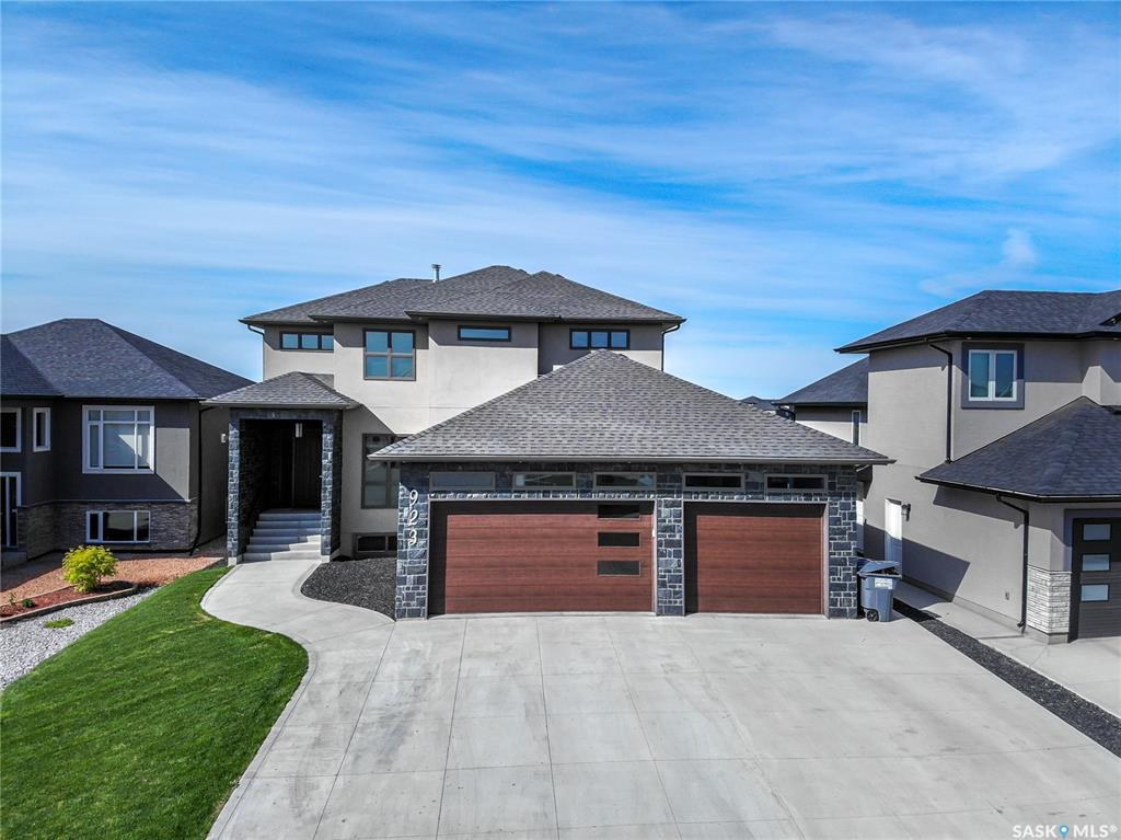 923 Hastings Crescent, 5 bed, 4 bath, at $739,900