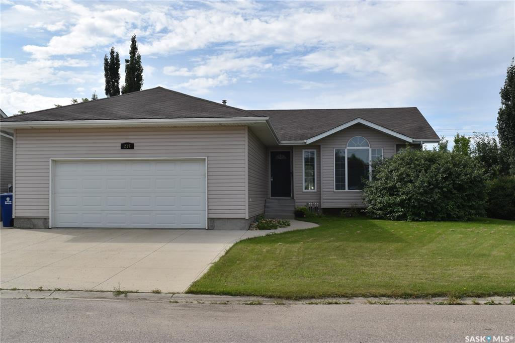 217 Willow Drive, 3 bed, 2 bath, at $319,000