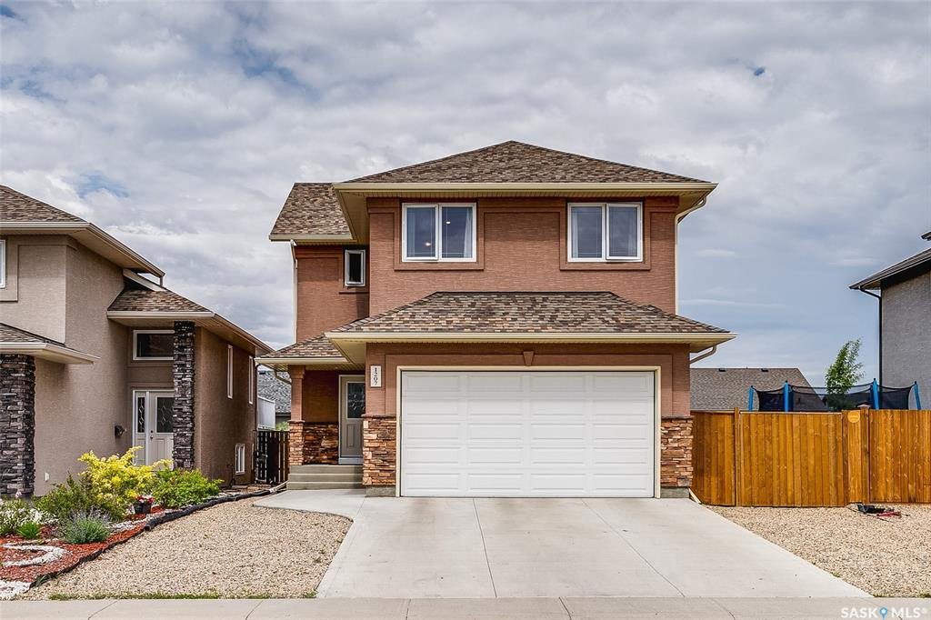 1207 Rempel Crescent, 3 bed, 3 bath, at $415,000