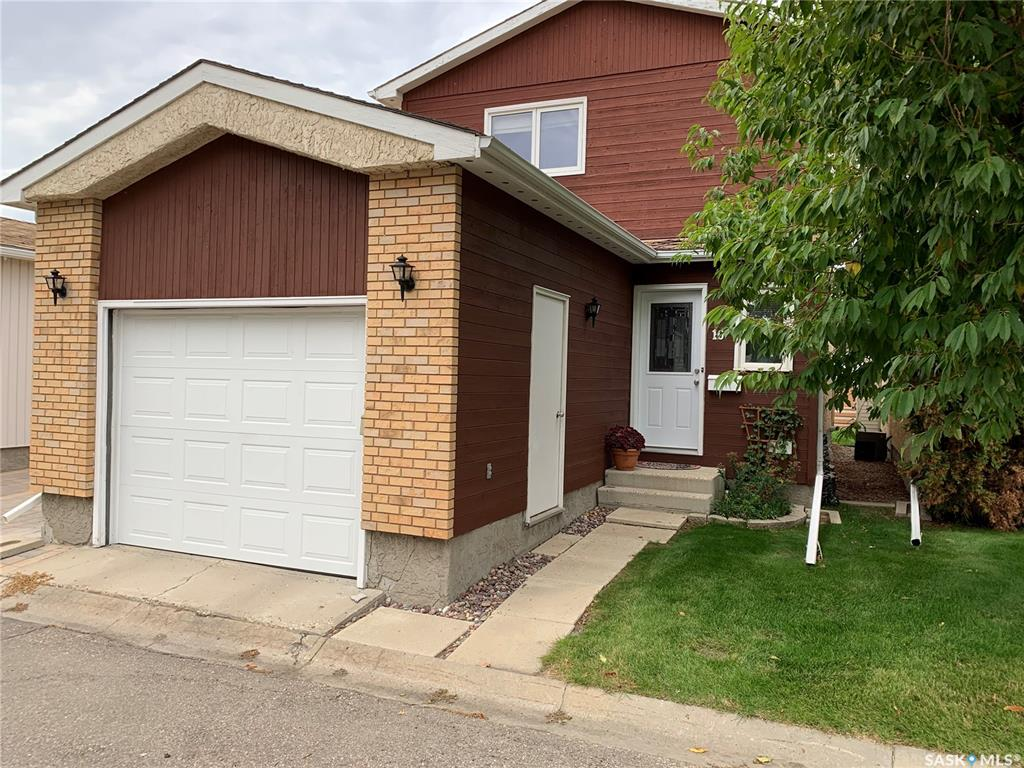 10 Greenbrier Place, 2 bed, 2 bath, at $284,900