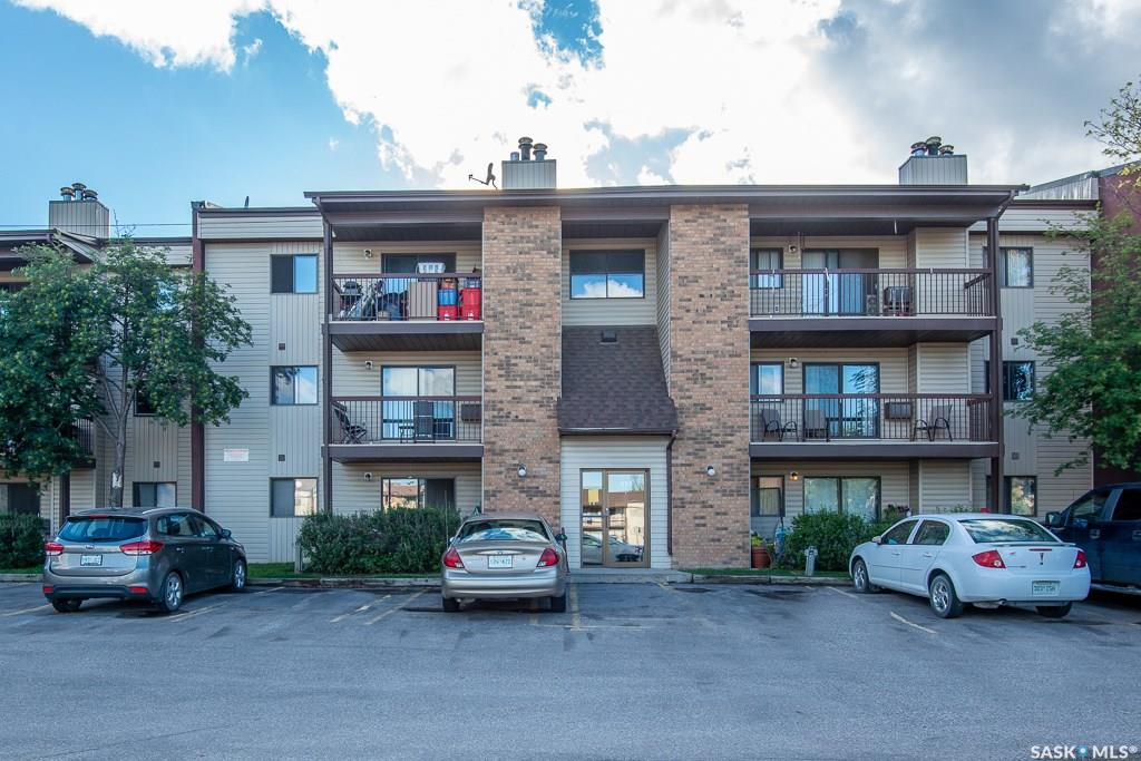 315 Kingsmere Boulevard #103, 2 bed, 1 bath, at $115,000