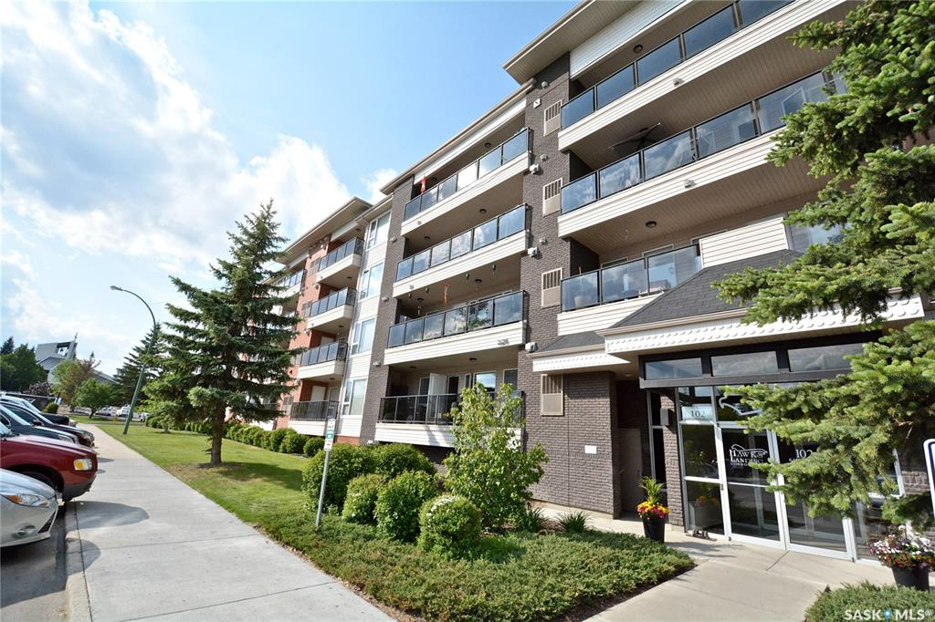 102 Kingsmere Place #412, 2 bed, 2 bath, at $279,900