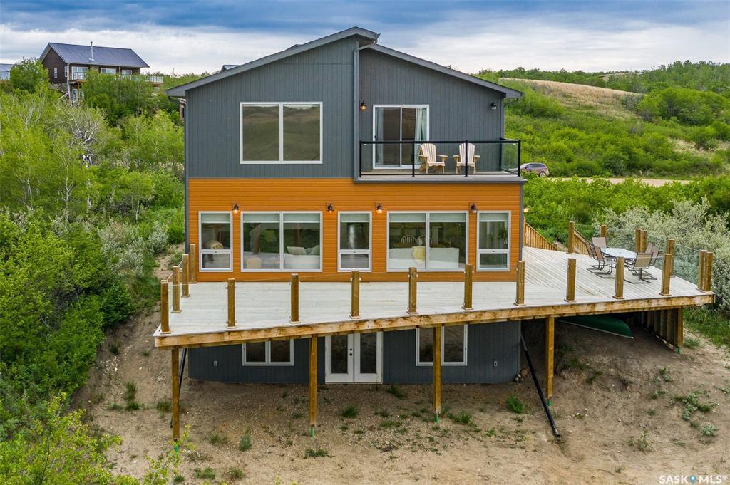 510 Saskatchewan Bay, 4 bed, 3 bath, at $499,900