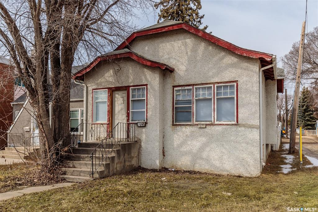 1027 Idylwyld Drive N, 2 bed, 1 bath, at $168,000