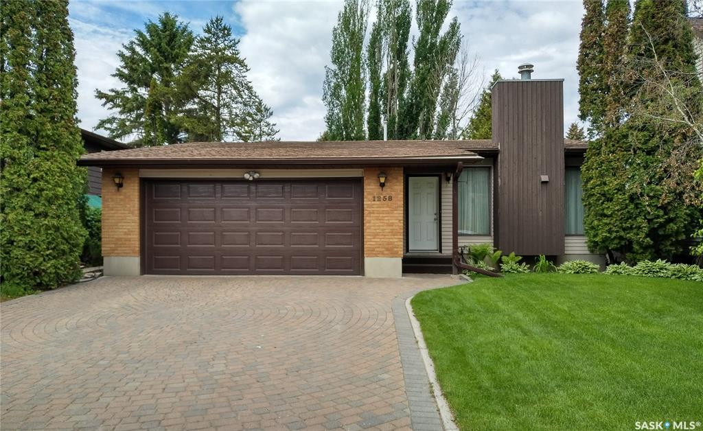 1258 Emerald Crescent, 3 bed, 3 bath, at $349,900