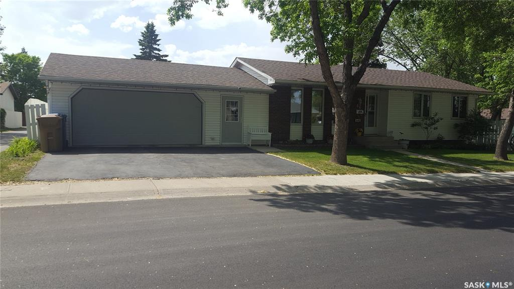 66 Wheeler Crescent, 4 bed, 2 bath, at $319,900