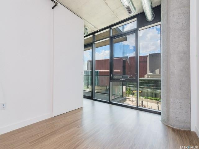 490 2nd Avenue S #304, 1 bed, 1 bath, at $407,900