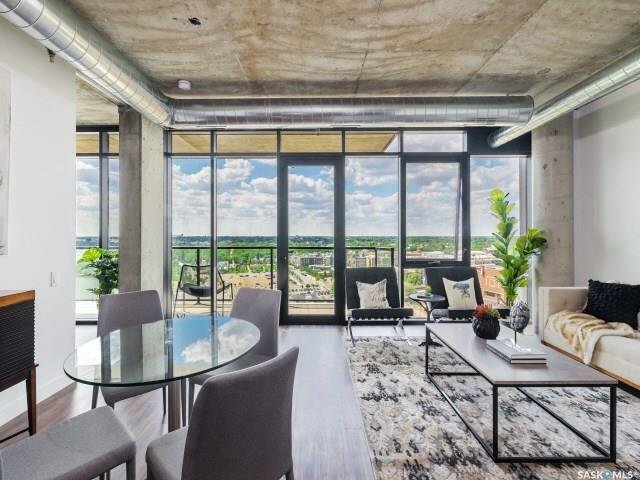 490 2nd Avenue S #1602, 2 bed, 2 bath, at $674,900