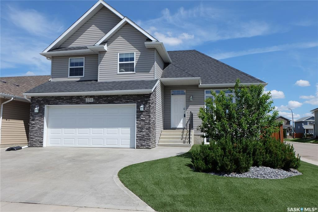 251 Greenfield Crescent, 3 bed, 3 bath, at $399,900