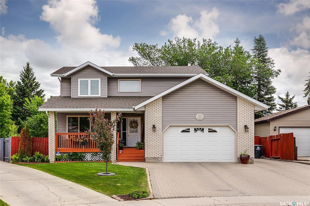 215 Whitecap Terrace, 5 bed, 3 bath, at $399,900