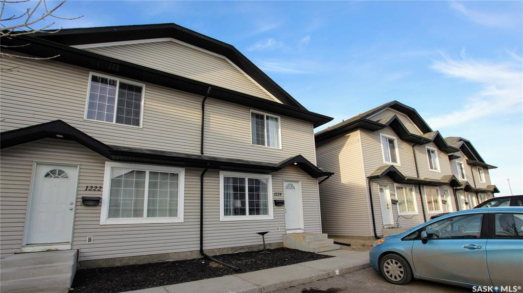 1224 Wessex Place, 3 bed, 2 bath, at $199,900