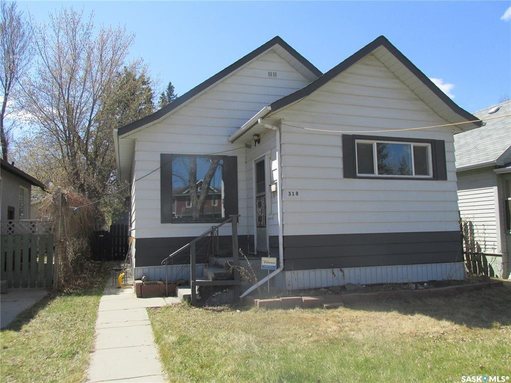 318 8th Street E, 3 bed, 2 bath, at $239,900