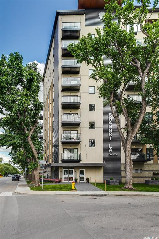550 4th Avenue N #713, 1 bed, 1 bath, at $269,000