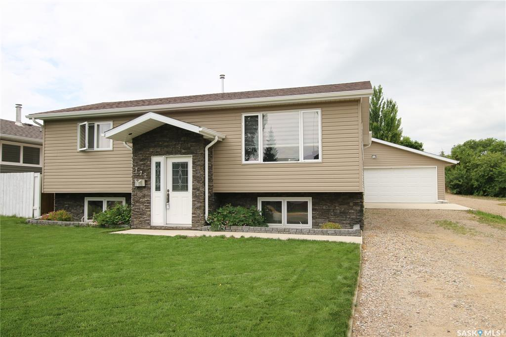 772 5th Avenue Sw, 4 bed, 2 bath, at $349,000