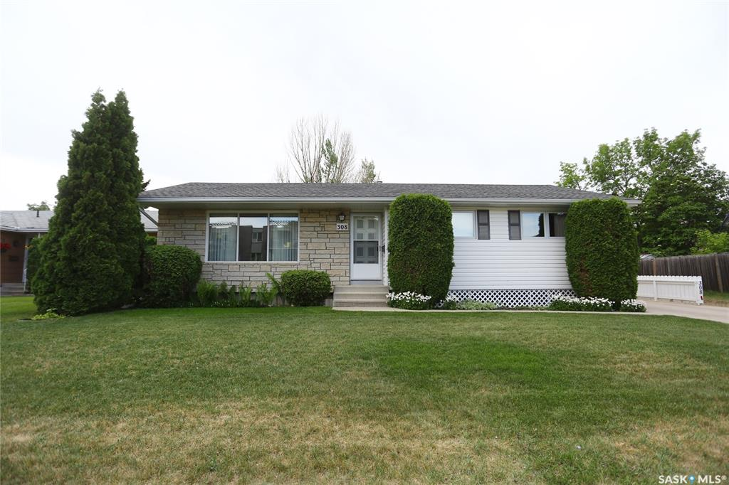 308 East Place, 4 bed, 3 bath, at $374,900