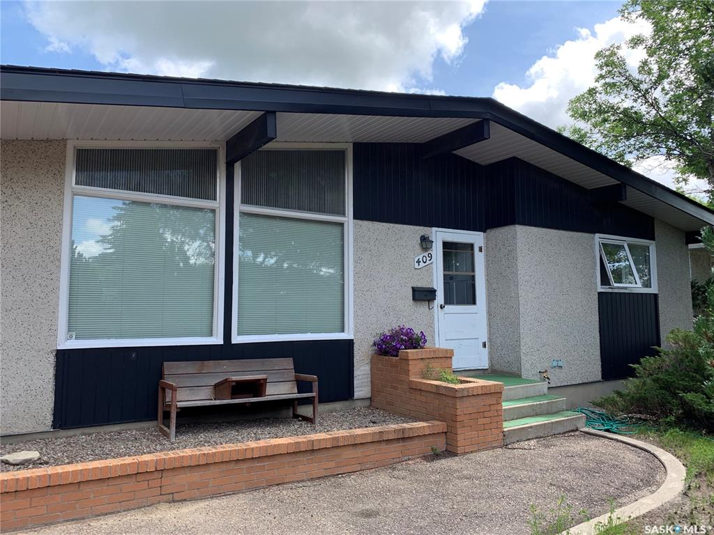 409 Laurier Drive, 3 bed, 2 bath, at $224,900