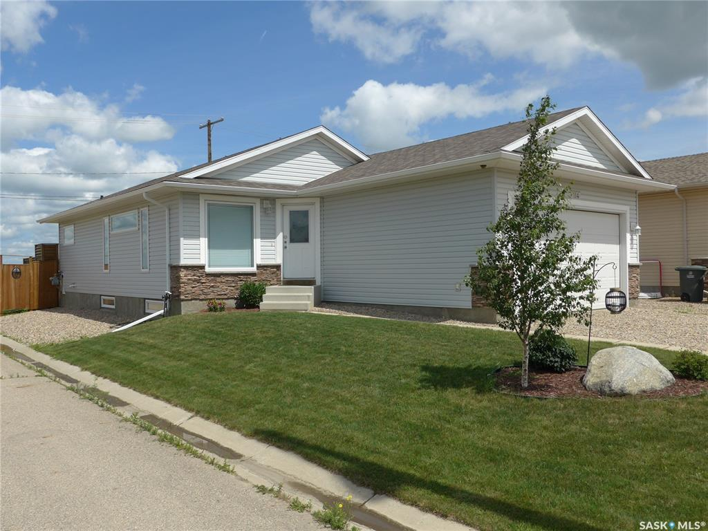 114 Hedley Terrace, 4 bed, 2 bath, at $299,900