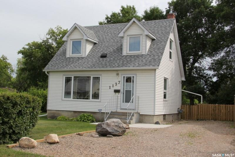 1137 7th Street E, 2 bed, 1 bath, at $189,900