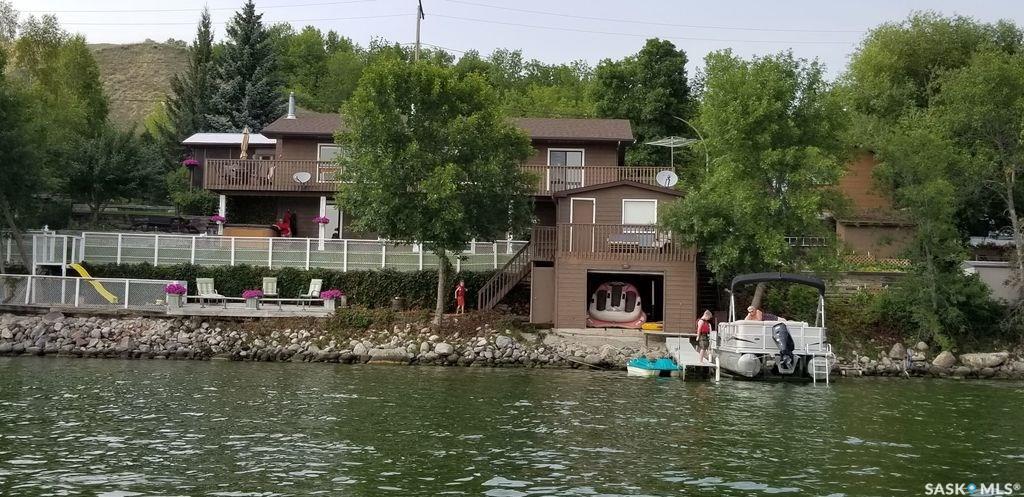 128 Pasqua Lake Road, 3 bed, 3 bath, at $449,900