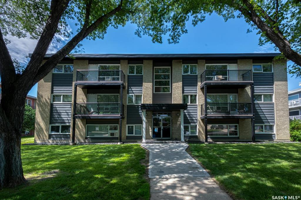 42 Spence Street #30, 1 bed, 1 bath, at $94,900