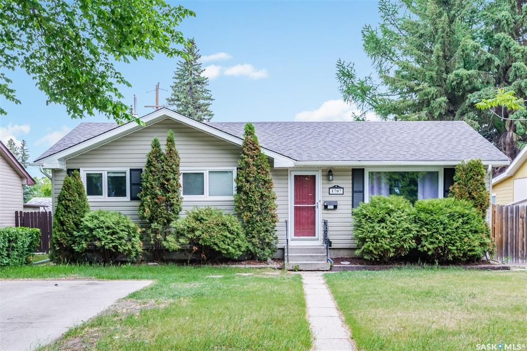 1707 Wilson Crescent, 5 bed, 2 bath, at $359,900