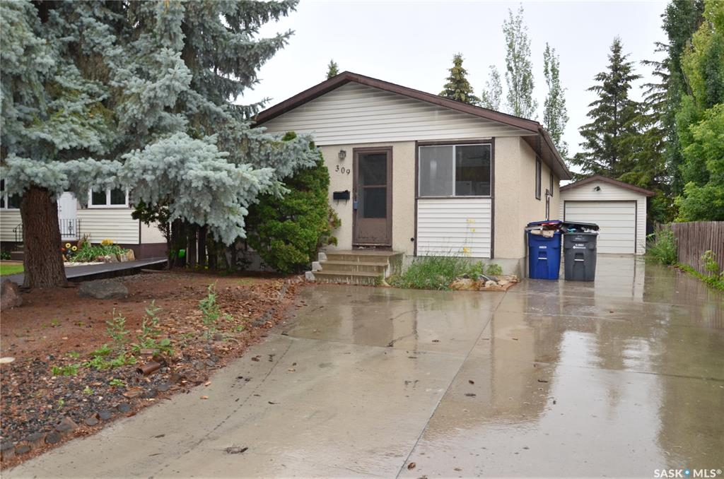 309 Mcmaster Crescent, 4 bed, 2 bath, at $268,900
