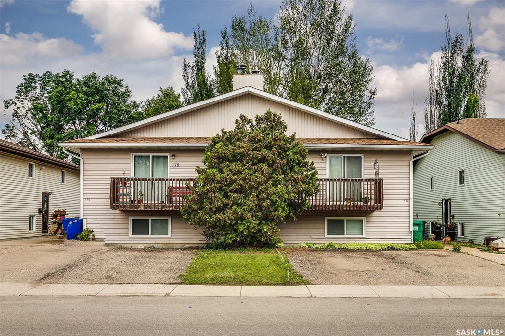 170 172 Verbeke Road, 10 bed, 4 bath, at $459,900