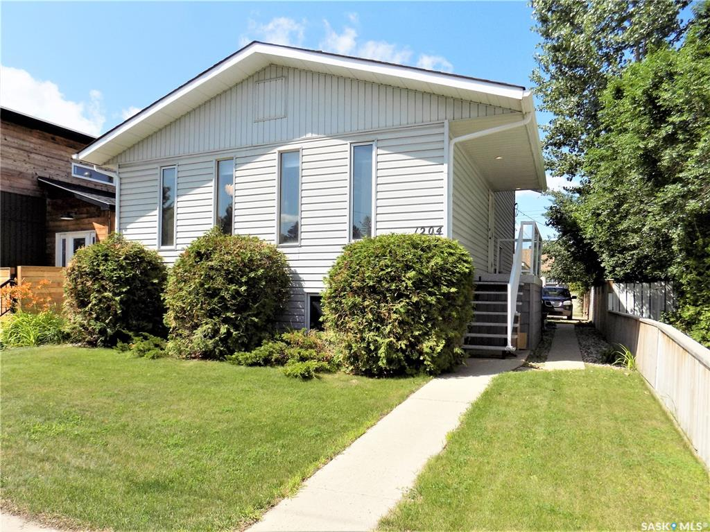 1204 Broadway Avenue, 3 bed, 2 bath, at $439,900