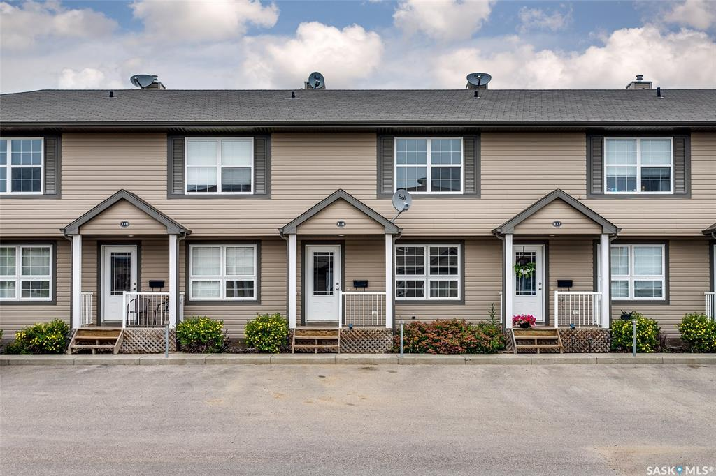 700 2nd Avenue S #118, 2 bed, 2 bath, at $179,900