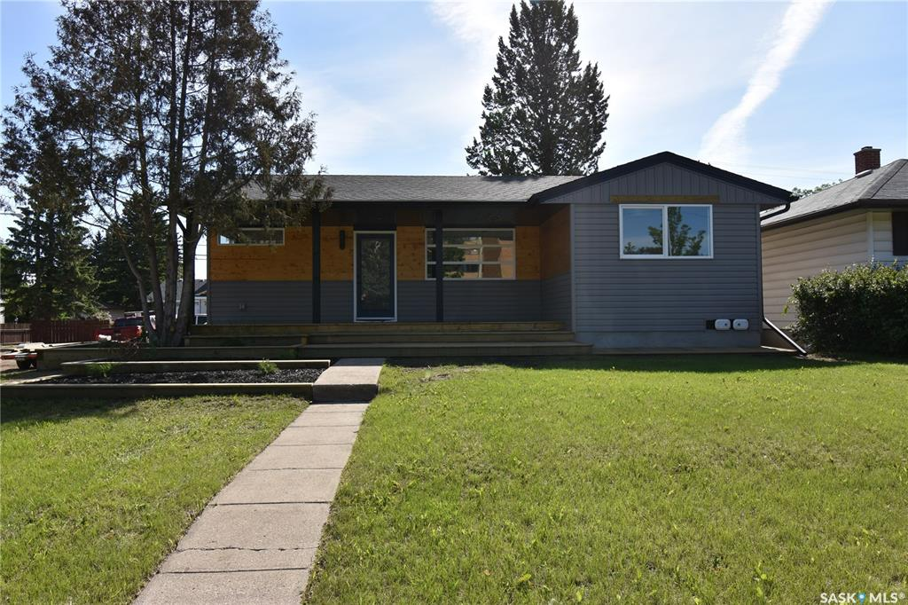 836 P Avenue N, 3 bed, 2 bath, at $319,900