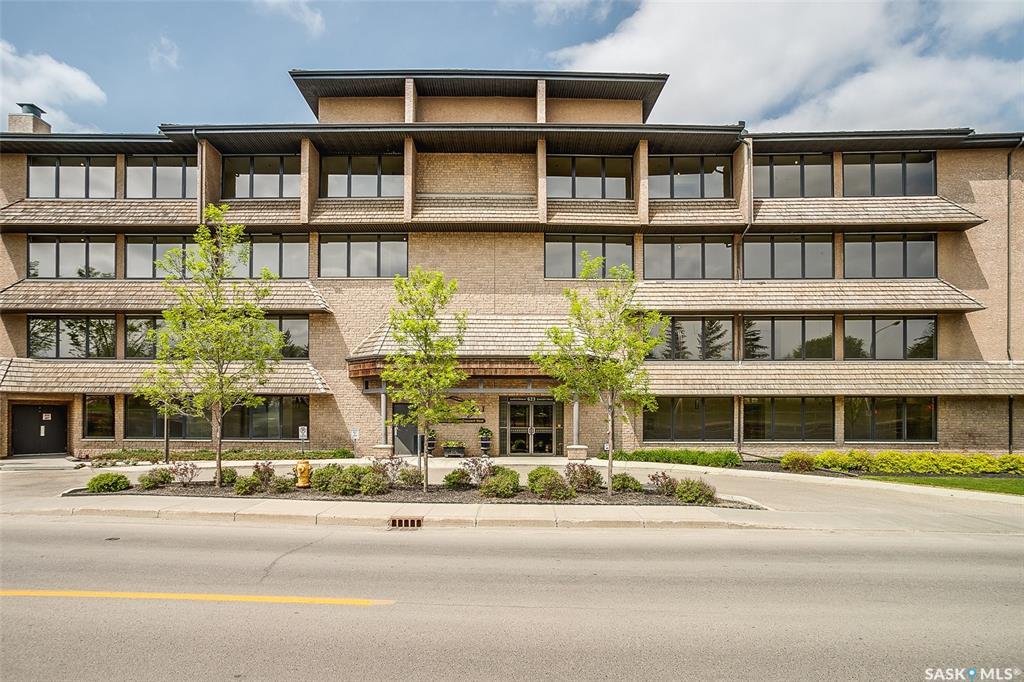 623 Saskatchewan Crescent W #136, 2 bed, 2 bath, at $309,900