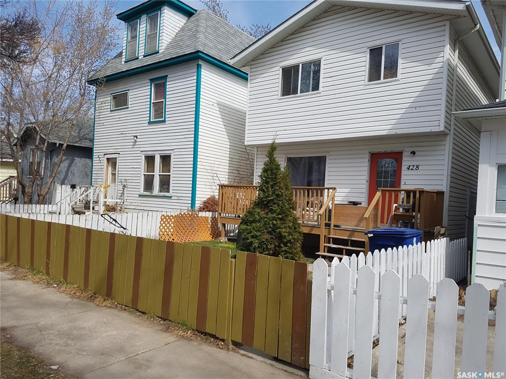428 G Avenue S, 3 bed, 2 bath, at $234,900