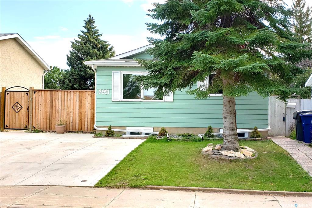 3921 Diefenbaker Drive, 6 bed, 2 bath, at $279,000