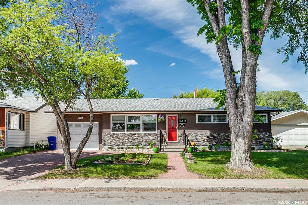 445 Witney Avenue S, 5 bed, 2 bath, at $299,900