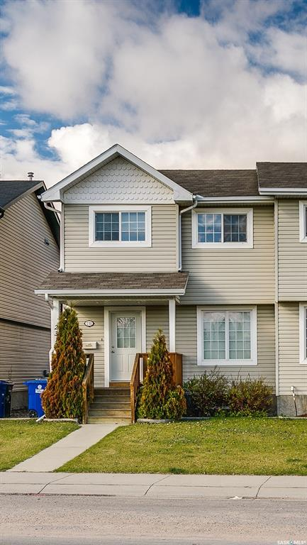 231 Rutherford Crescent, 3 bed, 3 bath, at $299,900