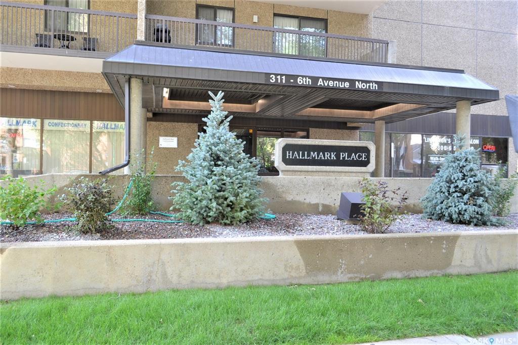 311 6th Avenue N #2108, 1 bed, 1 bath, at $184,900