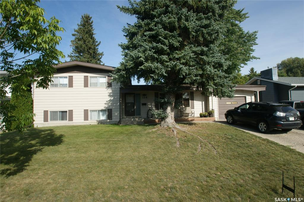 124 Riel Crescent, 5 bed, 3 bath, at $379,900