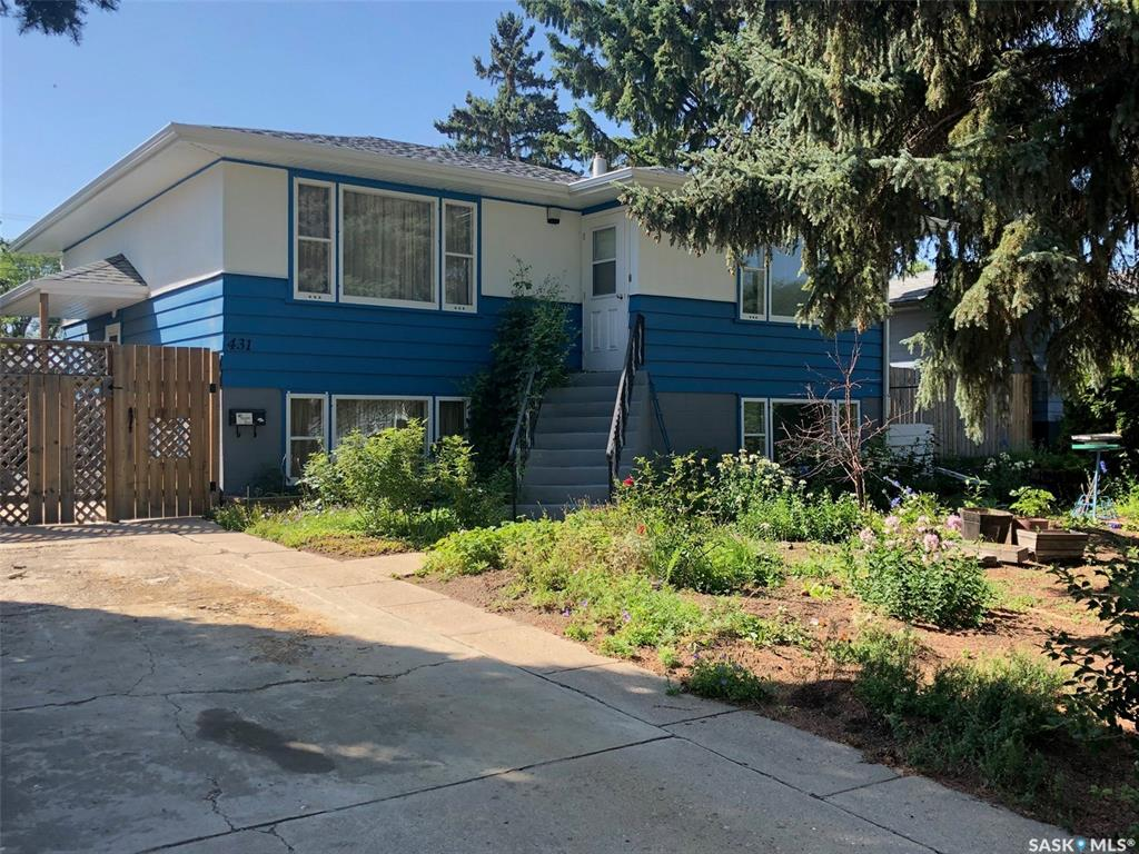 431 R Avenue N, 4 bed, 1 bath, at $225,000
