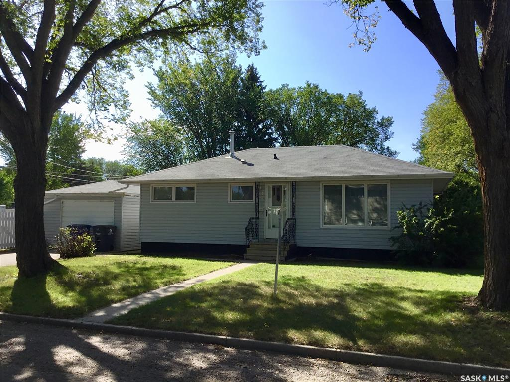 238 Y Avenue N, 3 bed, 1 bath, at $216,900