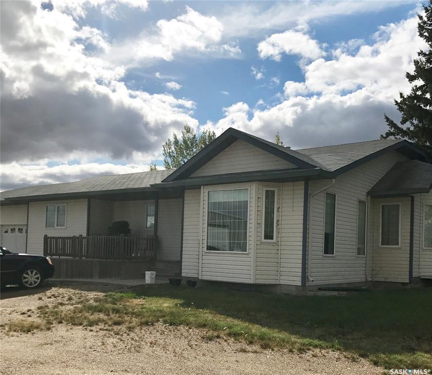 Highway 5 & 2 Acreage, 2 bed, 2 bath, at $434,900