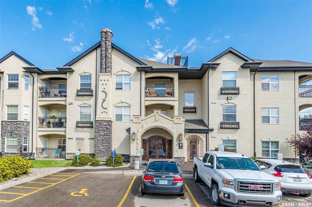 415 Hunter Road #101B, 2 bed, 2 bath, at $209,900