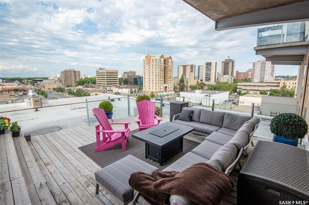 120 23rd Street E #431, 1 bed, 2 bath, at $479,000