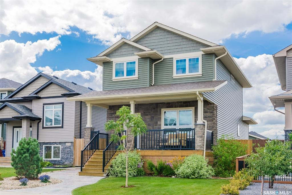 171 Maningas Bend, 3 bed, 3 bath, at $409,900