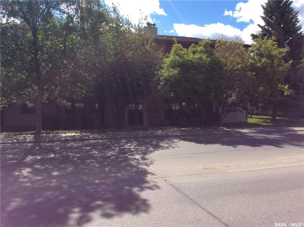 325 Kingsmere Boulevard #204, 2 bed, 1 bath, at $129,900