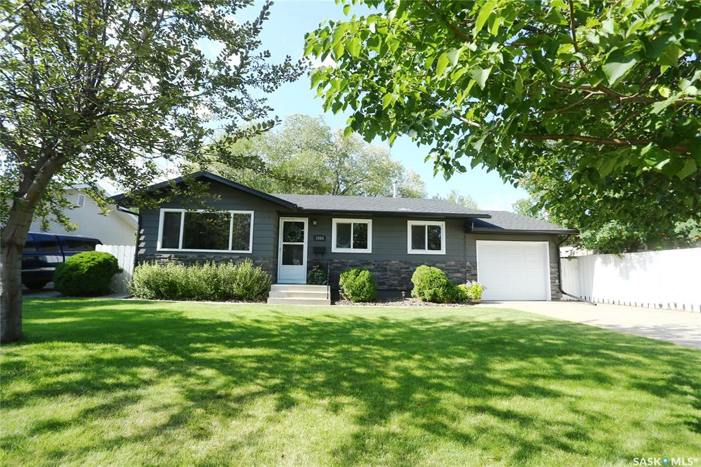 2354 Easthill, 3 bed, 2 bath, at $372,900