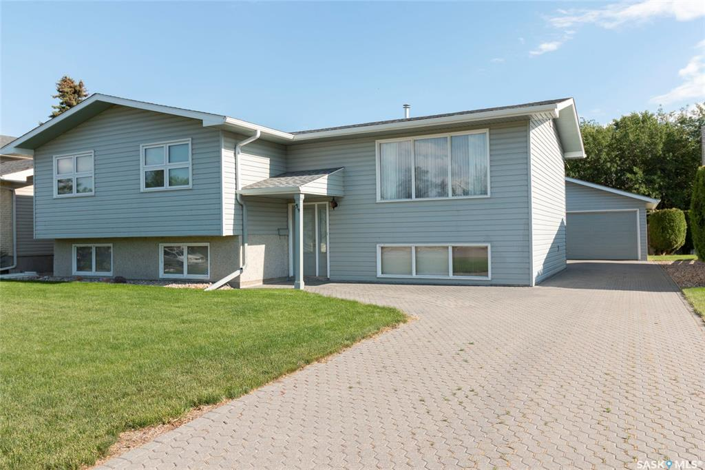 39 Churchill Court, 3 bed, 2 bath, at $378,800