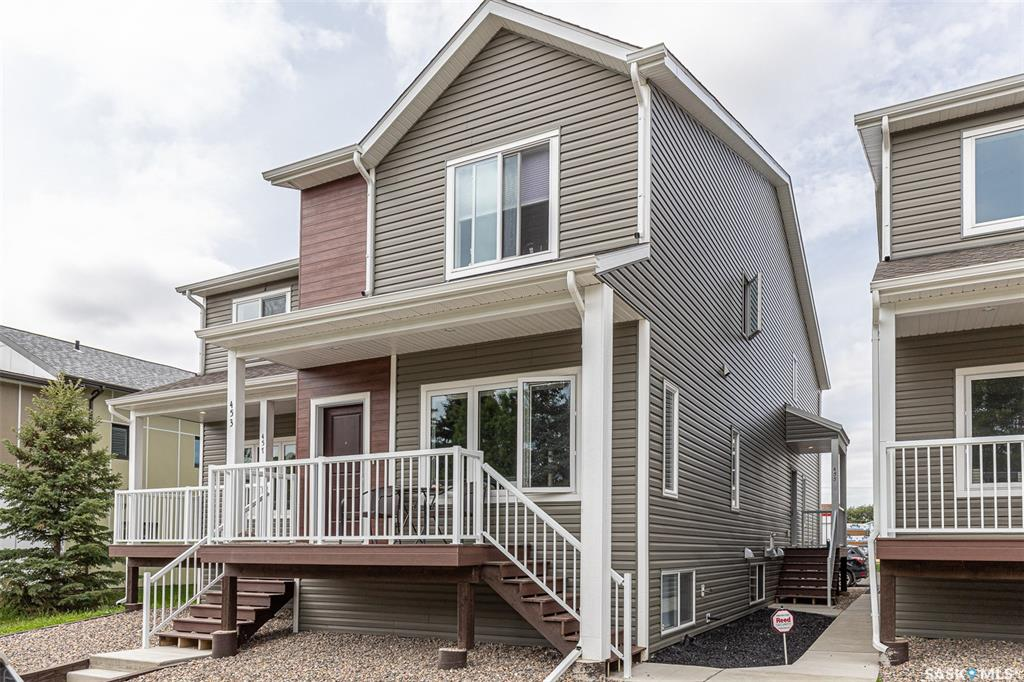 455 L Avenue S, 3 bed, 3 bath, at $259,900