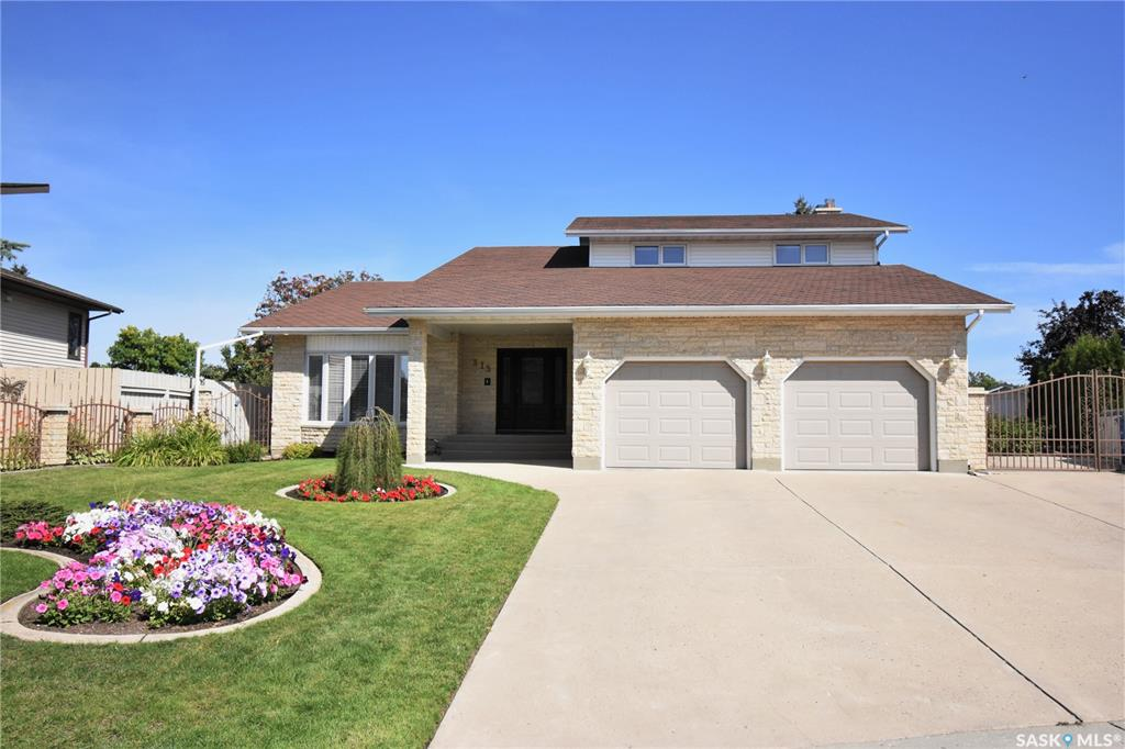 315 Trotchie Crescent, 4 bed, 4 bath, at $719,900