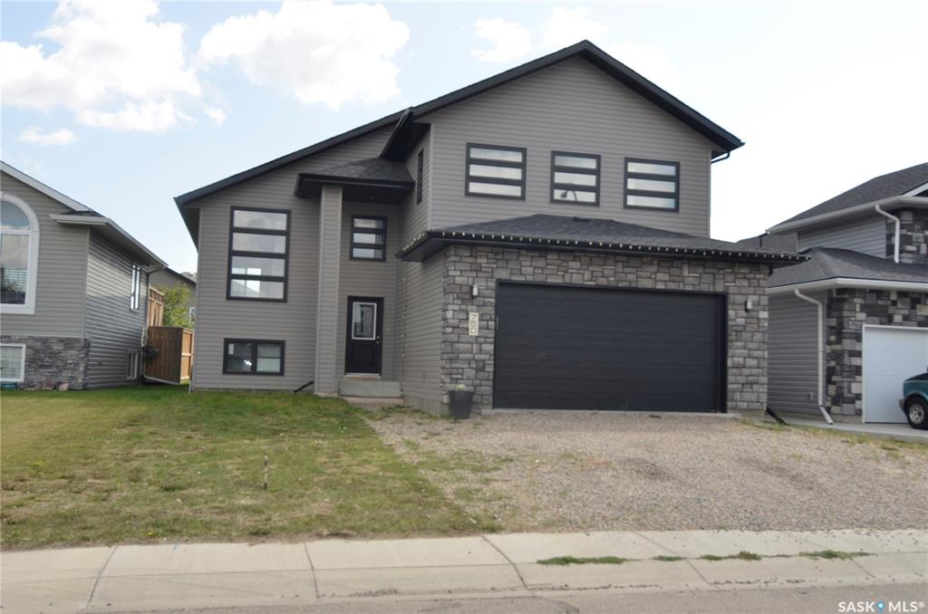 750 Hargreaves Crescent, 3 bed, 2 bath, at $389,000
