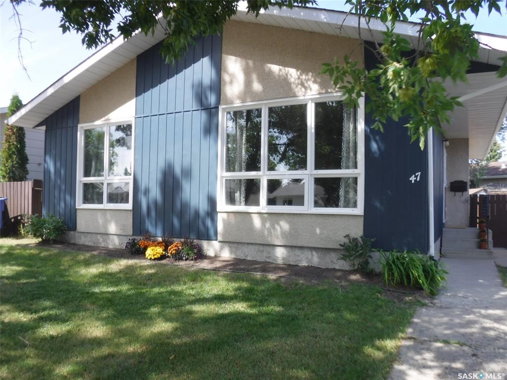 47 Hyland Crescent, 3 bed, 1 bath, at $259,000